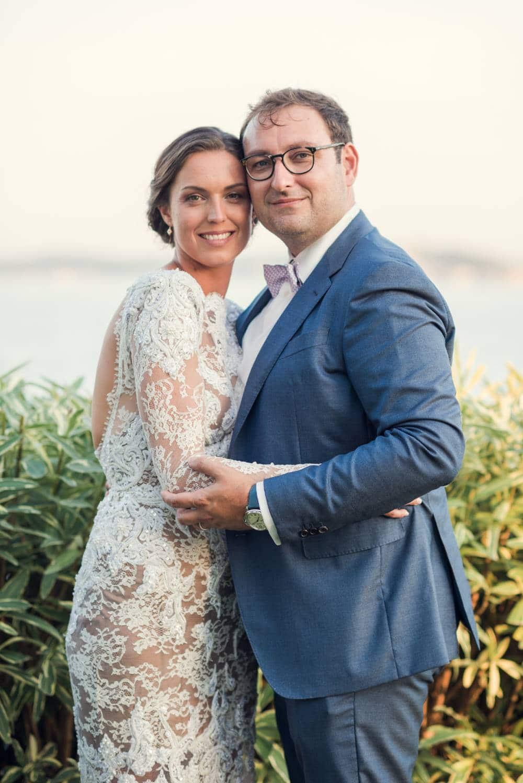 photo des mariés par photographe mariage Var