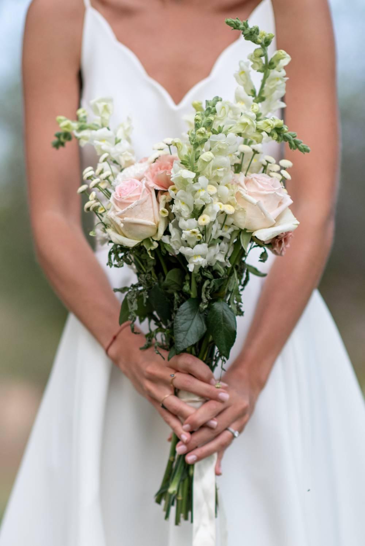 Photo du bouquet de la mariée prise par photographe de mariage var