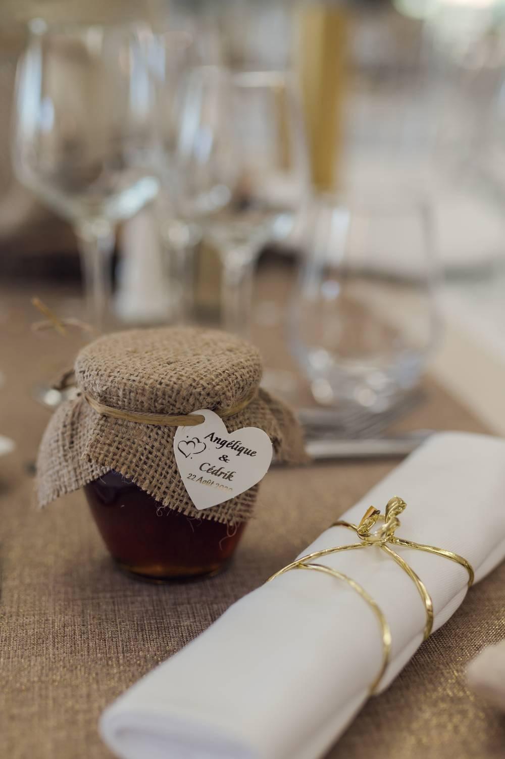 table de mariage décorée, photo prise par Florence Martin photographe de mariage Var et Alpes Maritimes