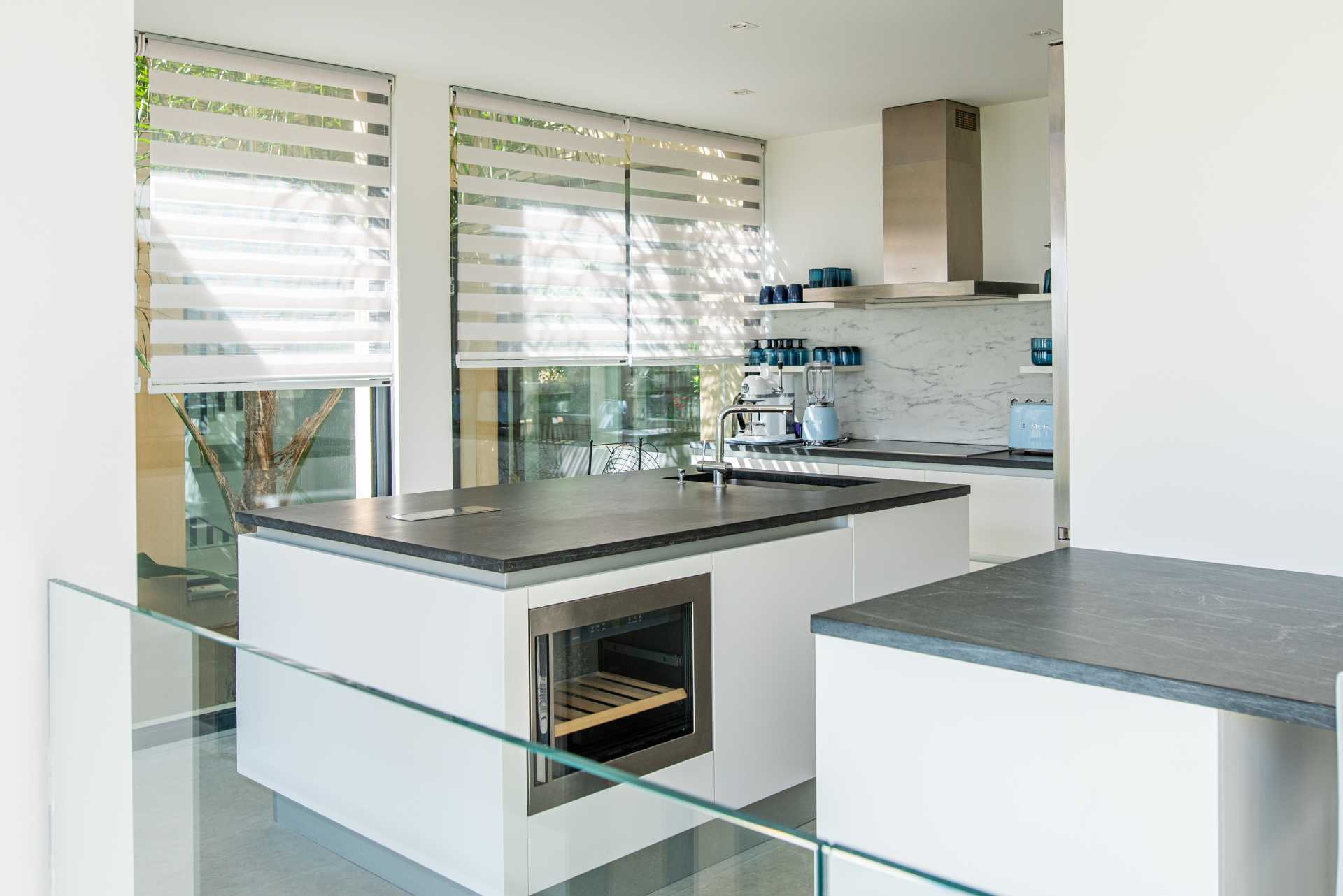 photo d'une cuisine neuve haut de gamme par un photographe professionnel
