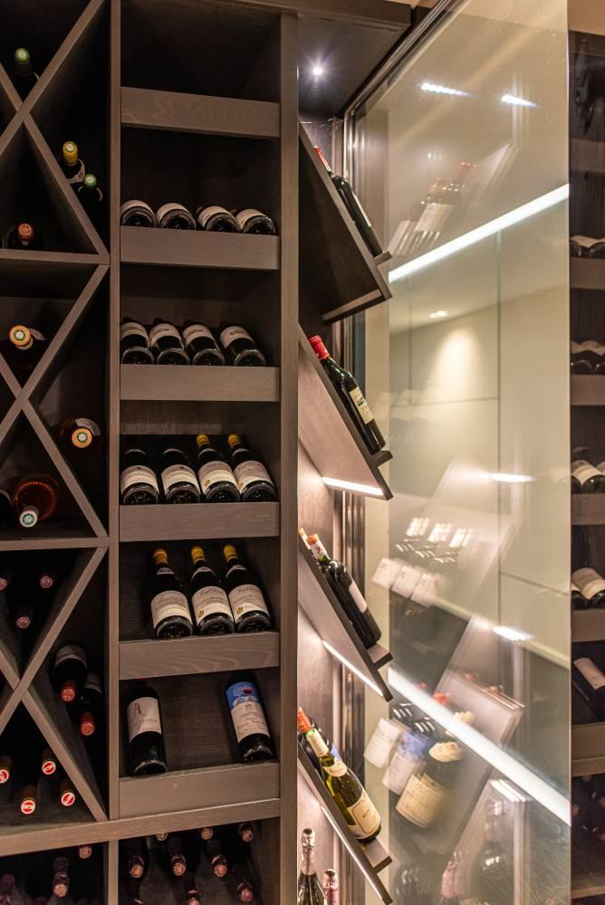 detail d'une cave de vin haut de gamme photo prise par Florence Martin photographe professionnelle dans le Var et les Alpes Maritimes